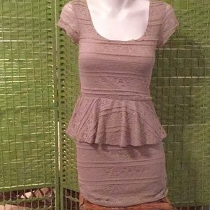 🌺Love Reign Fabulous Size Small Must Have Dress🌺